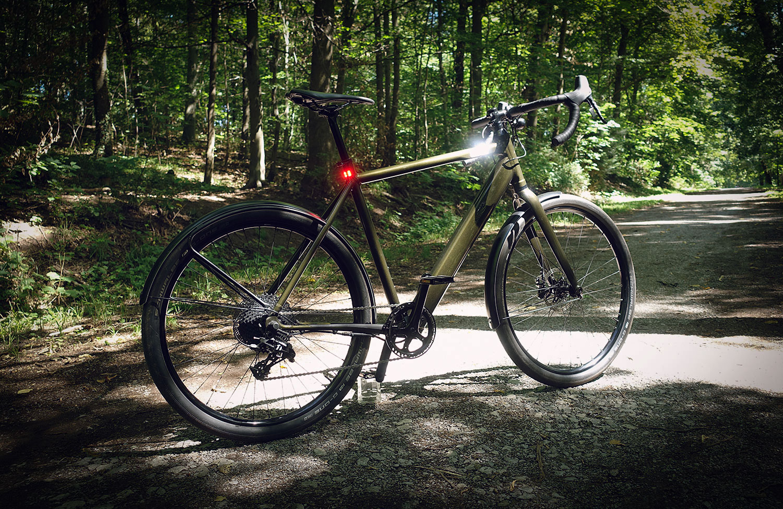 Im Test: Coboc TEN Torino – Gravel E-Bike mit Commuter-Ausstattung