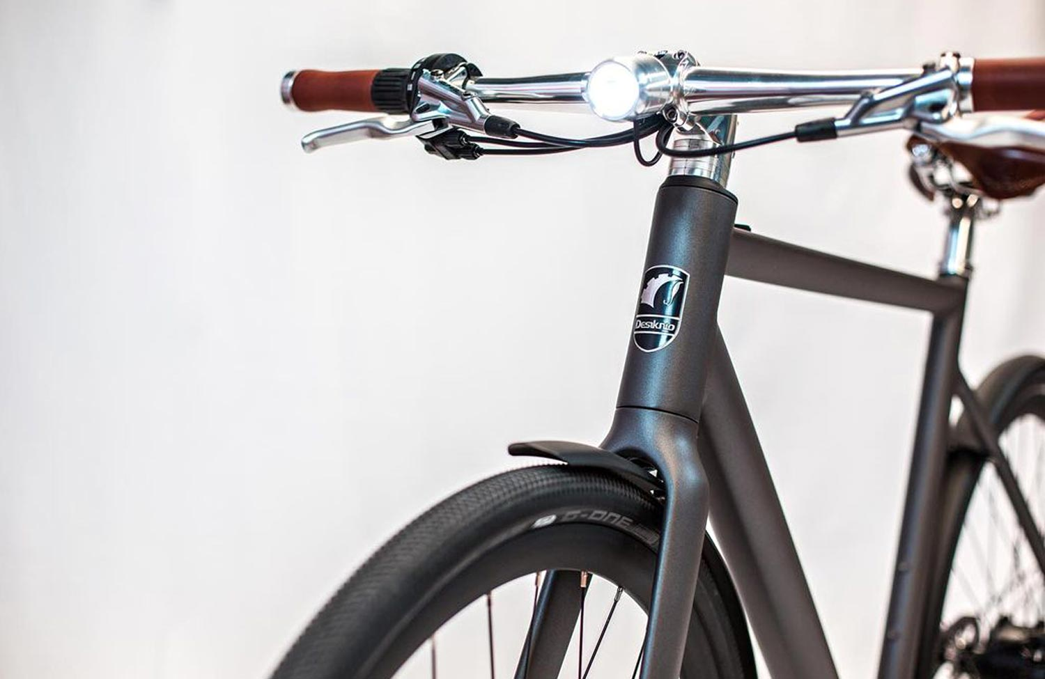 Optimized lineup and design improvements for Desiknio's urban e-bikes