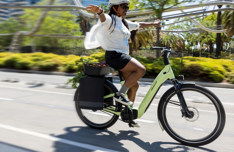 Das neue Specialized Turbo Como ist jetzt ein echtes Tiefeinsteiger E-Bike